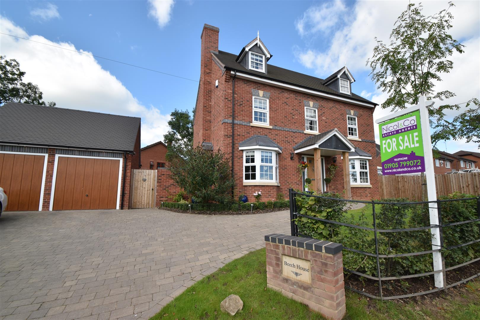 5 Bedrooms Detached House for sale in Tagwell Road, Droitwich Spa